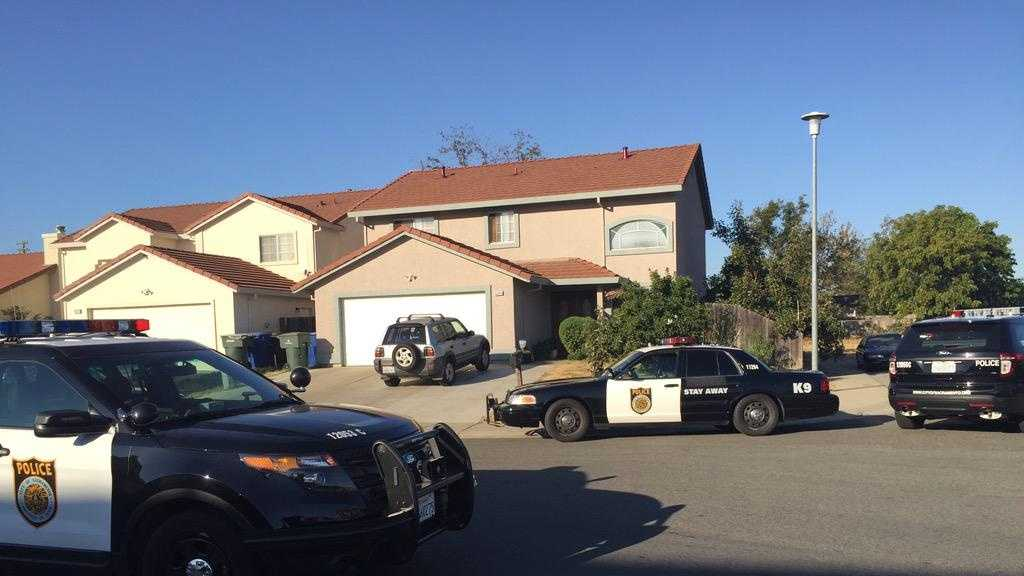 Sacramento police are investigating a home invasion robbery in a neighborhood on 71st Street. (Oct. 13, 2015)