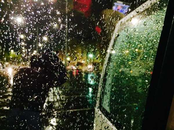 Raindrops landed on the windshield of a KCRA livetruck early Monday morning. (Nov. 2, 2015)