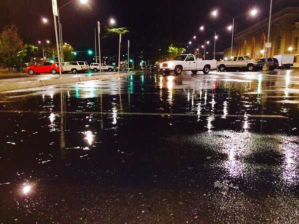 Raindrops came down Monday morning in downtown Sacramento and created some puddles in the streets and parking lots. (Nov. 2, 2015)