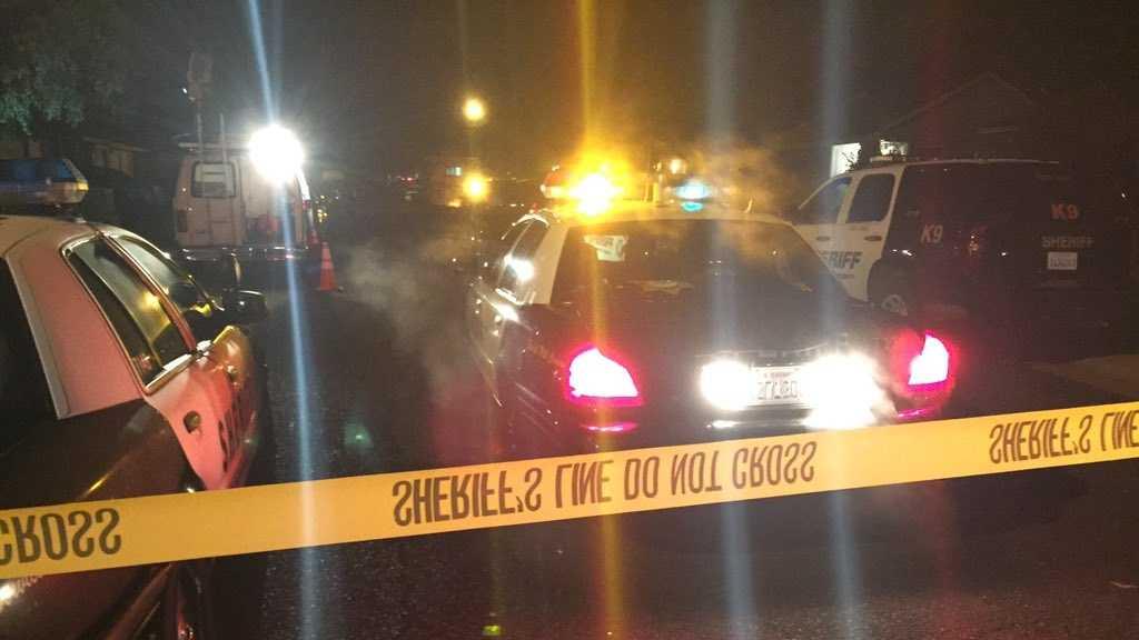 Sacramento County sheriff's deputies search for a shooting suspect on Tuesday, Nov. 10, 2015, in a south Sacramento home.
