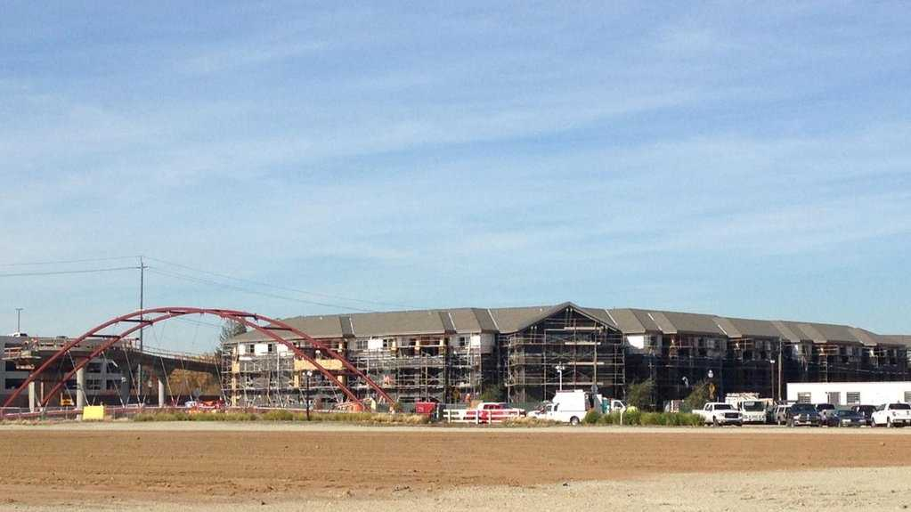 Construction taking place on the Curtis Park Village development. (Nov. 18, 2015)