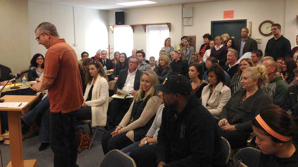 Scores of parents crowded into the El Dorado Union High School District board meeting Thursday, Dec. 17, 2015, to support Oak Ridge High School Principal Paul Burke.