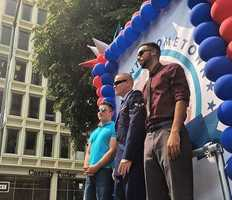We had an awesome time covering the #SacHeroesParade to honor local guys Alek Skarlatos, Spencer Stone and Anthony Sadler. The three men stopped a suspected terrorist on board a Paris-bound train three weeks ago. Did you make it out to downtown Sac for the parade or watch on #kcra3 yesterday? Photo cred: @alancamman // #sacramentoproud #KCRA #sacramento #sacnews #thankyou #hometownheroes #latepost