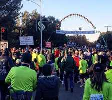 The 22nd annual Run to Feed the Hungry was a huge success! We had a record number of more than 28,600 people come out in #Sacramento to help those less fortunate. We are thankful for those who participated and all our viewers! Happy Thanksgiving from #KCRA3! Photo: @sacramentodoc // #Thanksgiving #rtfth #KCRA #eastsacramento #turkey #race #runtofeedthehungry #norcal @eastsacramento @exploremidtown @visitsacramento @sacfoodbank @runtofeedthehungry