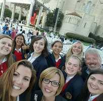 """So exciting! These St. Francis High School students and staff had the privilege of attending Pope Francis' mass in #WashingtonDC. """"The inspiration from #PopeFrancis is creating a flourishing seed in our hearts and minds."""" Great pic, @sfhstroubies! #popeinus #popeinusa #popeindc #sfhs #stfrancishs #sacramento #KCRA #KCRA3 @sfhs_troubies"""