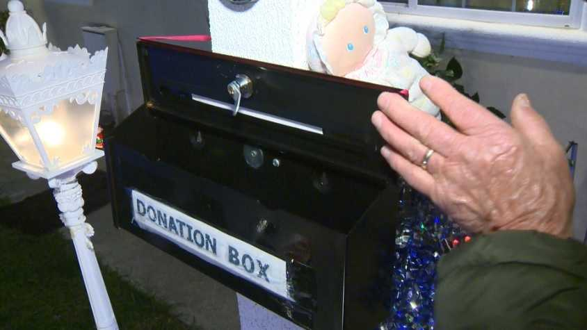A thief broke into a donation box at a holiday light display outside a Vallejo home. The homeowner said on Tuesday, Dec. 29, 2015, that the donations were for children in need.