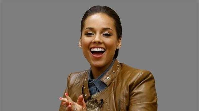 Alicia Keys will perform at Super Bowl 50.