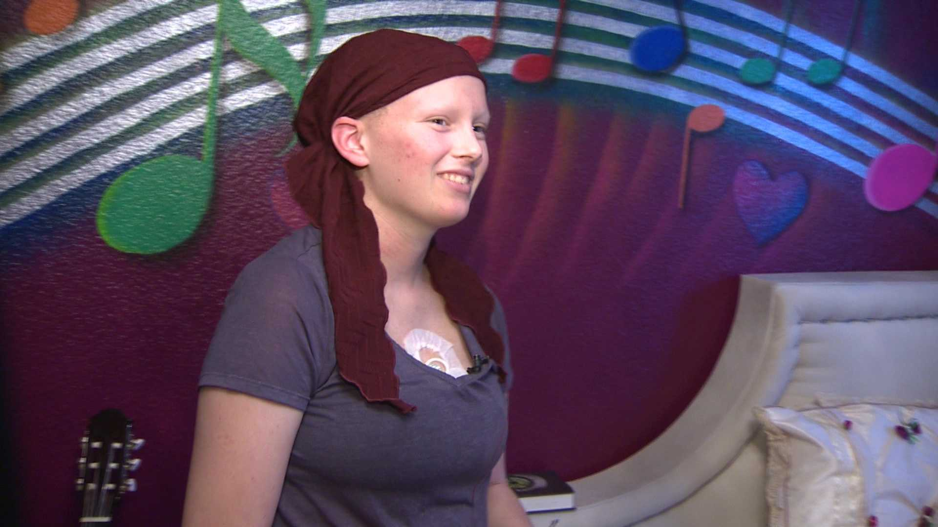 Samantha Bloom, 13, is battling cancer. Nonprofit Sweet Dreams Foundation did a room makeover, creating a retreat for Bloom after she comes home from chemotherapy.