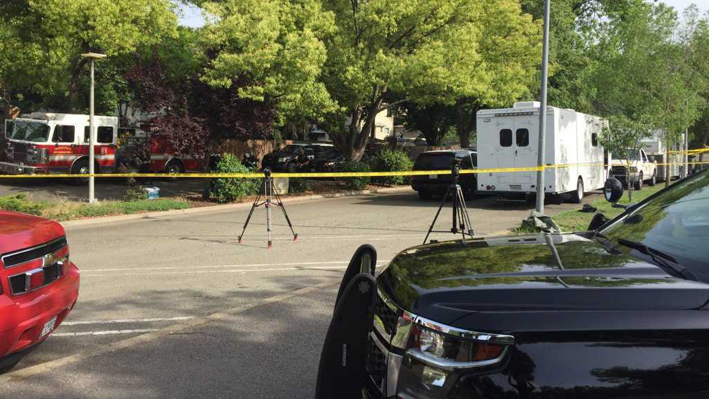 A man barricaded himself inside of a Roseville home on Wednesday, May 4, 2016. Police surrounded the home and work to talk him out of the house.