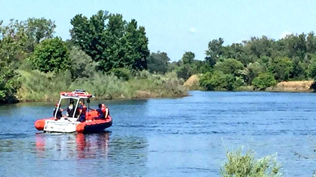 The Sacramento Fire Department works to recover a body on Friday, May 27, 2016, from the American River.