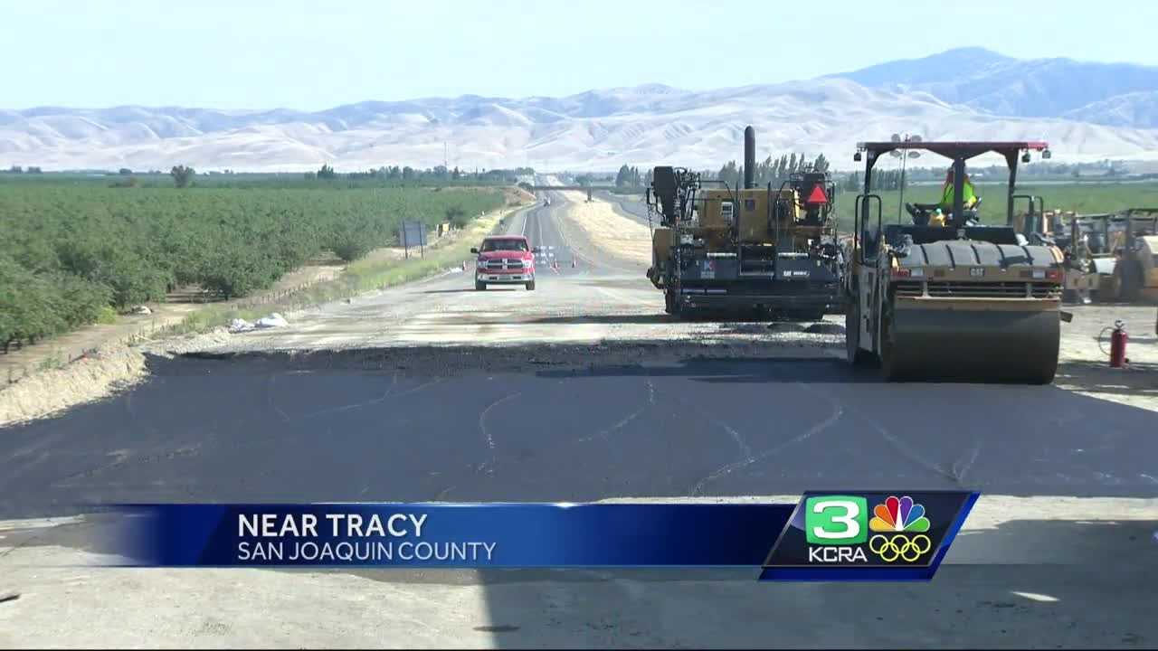A Northbound I-5 lane reopens Saturday but southbound lane still closed for repairs, Caltrans said.