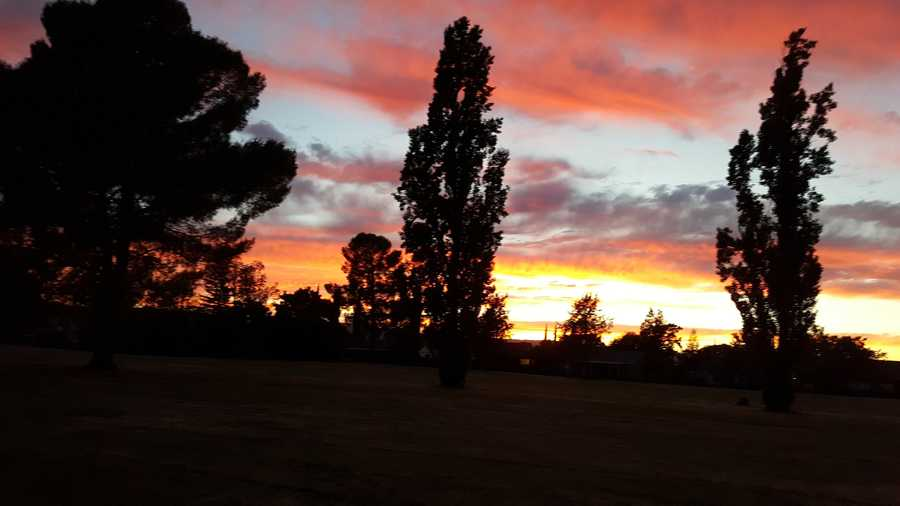 A u local user sent in this photo of the sunset from Vacaville.