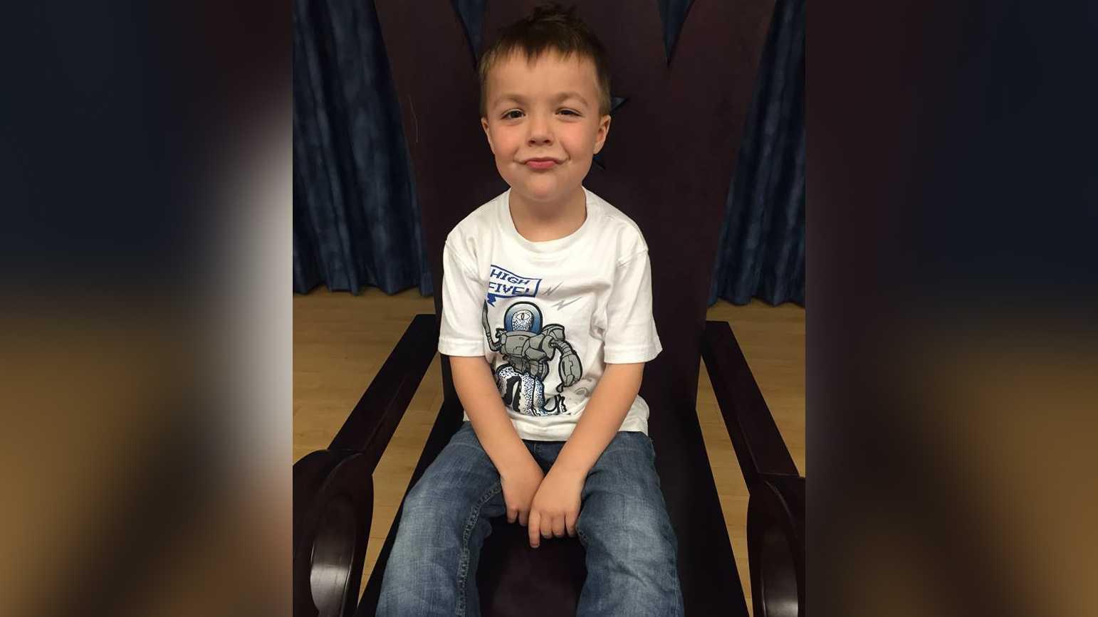 Ethan Dean, 6, is battling cystic fibrosis