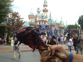 3. Turkey legs: This delicious snack is great to share or could even count as your lunch for the day. The juicy turkey legs have perfectly cooked skin with meat that has a slight ham-like taste. Be careful because the legs come out of the carts pipping hot! You can find turkey legs at a variety of spots in both Disneyland and California Adventure.
