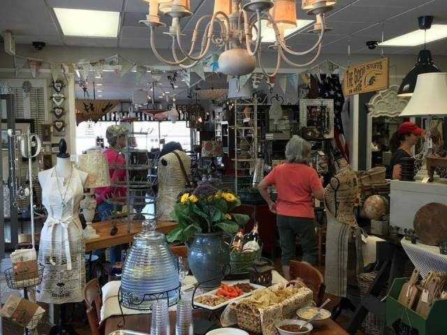 What: Fall Festival Vintage MarketWhere: The Treasured HomeWhen: Sun 10am-3pmClick here for more information about this event.