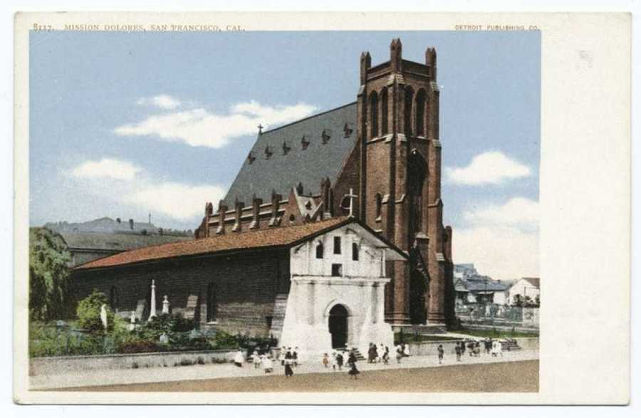 A postcard from the Detroit Publishing Company shows Mission Dolores in San Francisco.