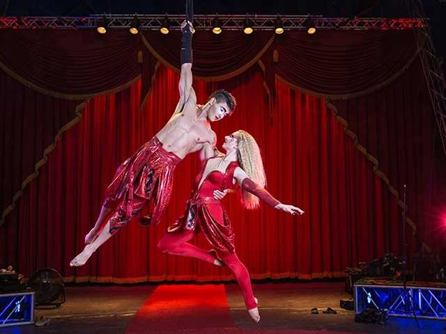What: Circus Vargas: iLUMINOUS (Sunrise Mall)Where: Sunrise MallWhen: Fri 4pm & 7:30pm&#x3B; Sat Sun 1pm, 4pm, & 7:30pm&#x3B; Sun 1pm, 4pm, & 7pmClick here for more information about this event.