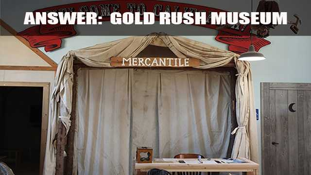 The museum houses exhibits that examine the California Gold Rush in the region.