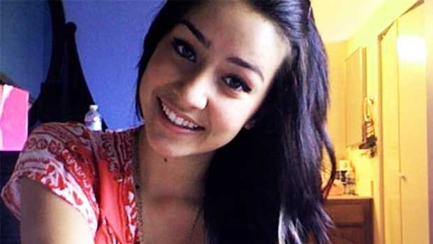 On March 16, 2012, Sierra LaMar never caught her morning bus ride to school. Her cellphone and handbag with clothes folded inside were found on March 17 and 18 on the side of a road two miles from her house.
