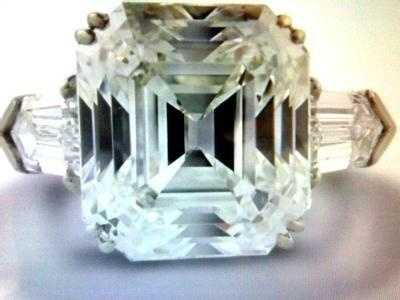 August 2009: Nearly $65 million worth of jewelry and gems were stolen in the Graff Diamonds robbery.