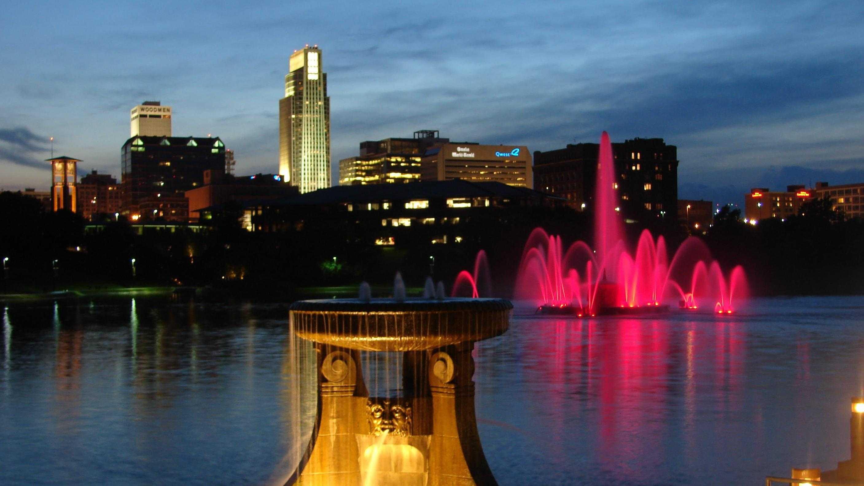 Omaha Skyline (night) 4.jpg
