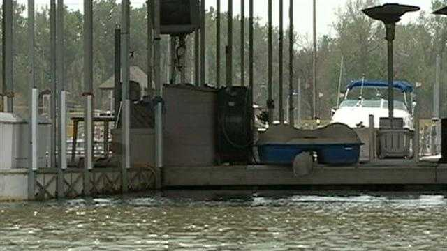 The flood of 2011 is just a memory for boaters revving up for the holiday weekend.
