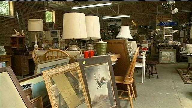You don't have to be Martha Stewart to be stylish.  Online tips and trends are leading shoppers to second-hand stores.  KETV NewsWatch 7 looks into why thrift stores are thriving and where the destination lies.