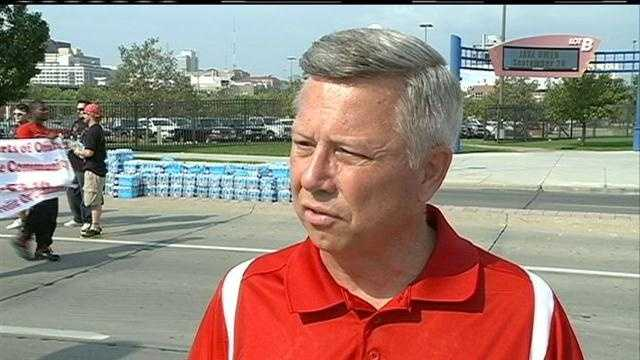 Governor Dave Heineman disputes President Barack Obama's statement to KETV Newswatch 7 that states will not pay for changes under the Affordable Health Care Act.