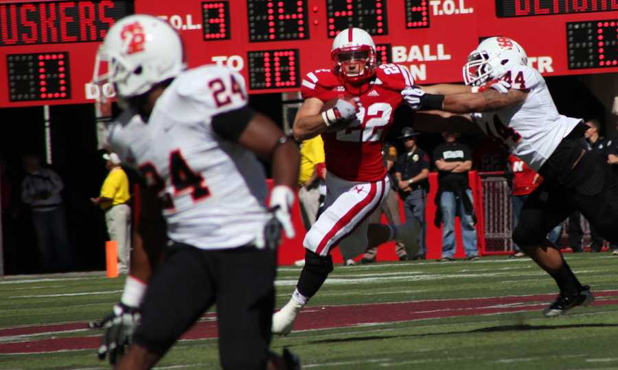 Rex Burkhead's first carry since injuring his knee.