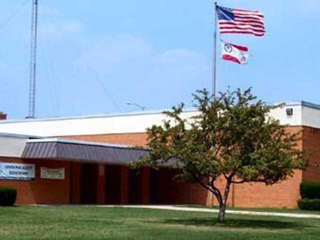Wisconsin - Milwaukee Public Schools scores D (64).