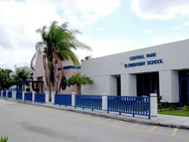 Florida - Broward County Public Schools scores A (96).
