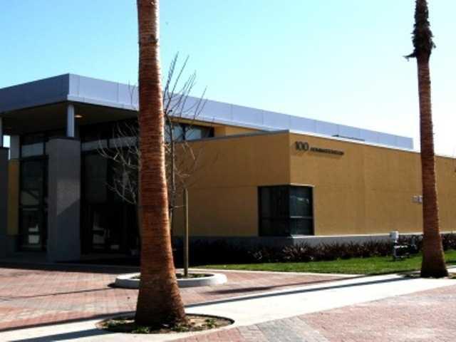 California - Long Beach Unified School District scores A (90).
