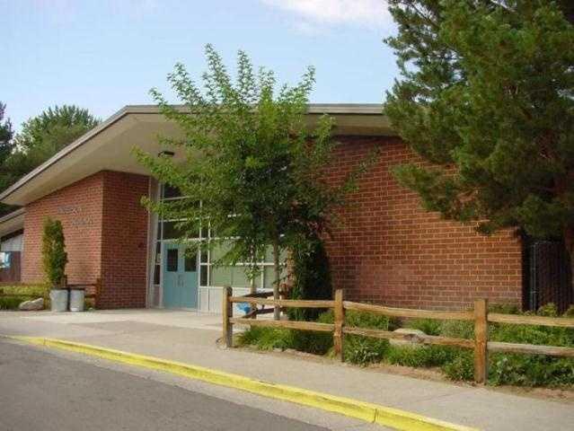 Nevada -Washoe County School District scores B+ (88).