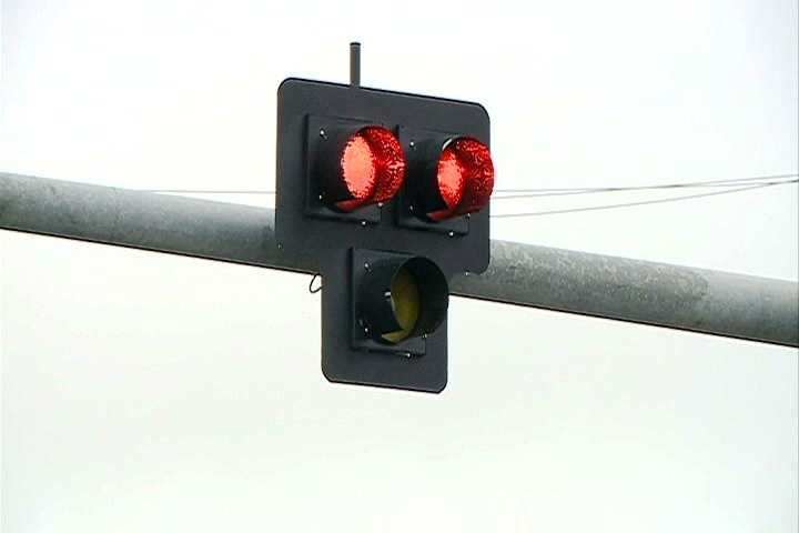 Next, drivers will see dual red lights at the intersection.