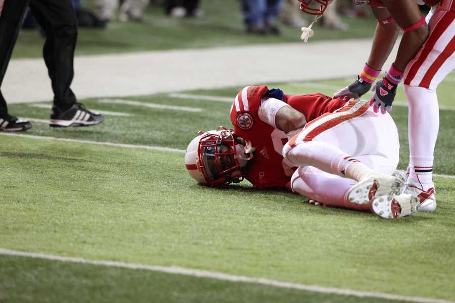 Kenny Bell went down with an injury in the fourth quarter.