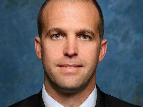 Steve Lutz,Assistant Coach