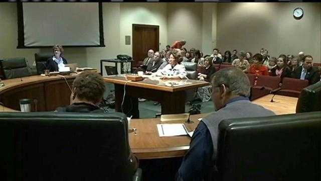 Nebraska lawmakers hear from national experts to help them make a decision on whether to expand Medicaid to thousands of Nebraskans under the Affordable Care Act.