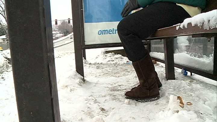 bus stop 086_3576_01 11.jpg
