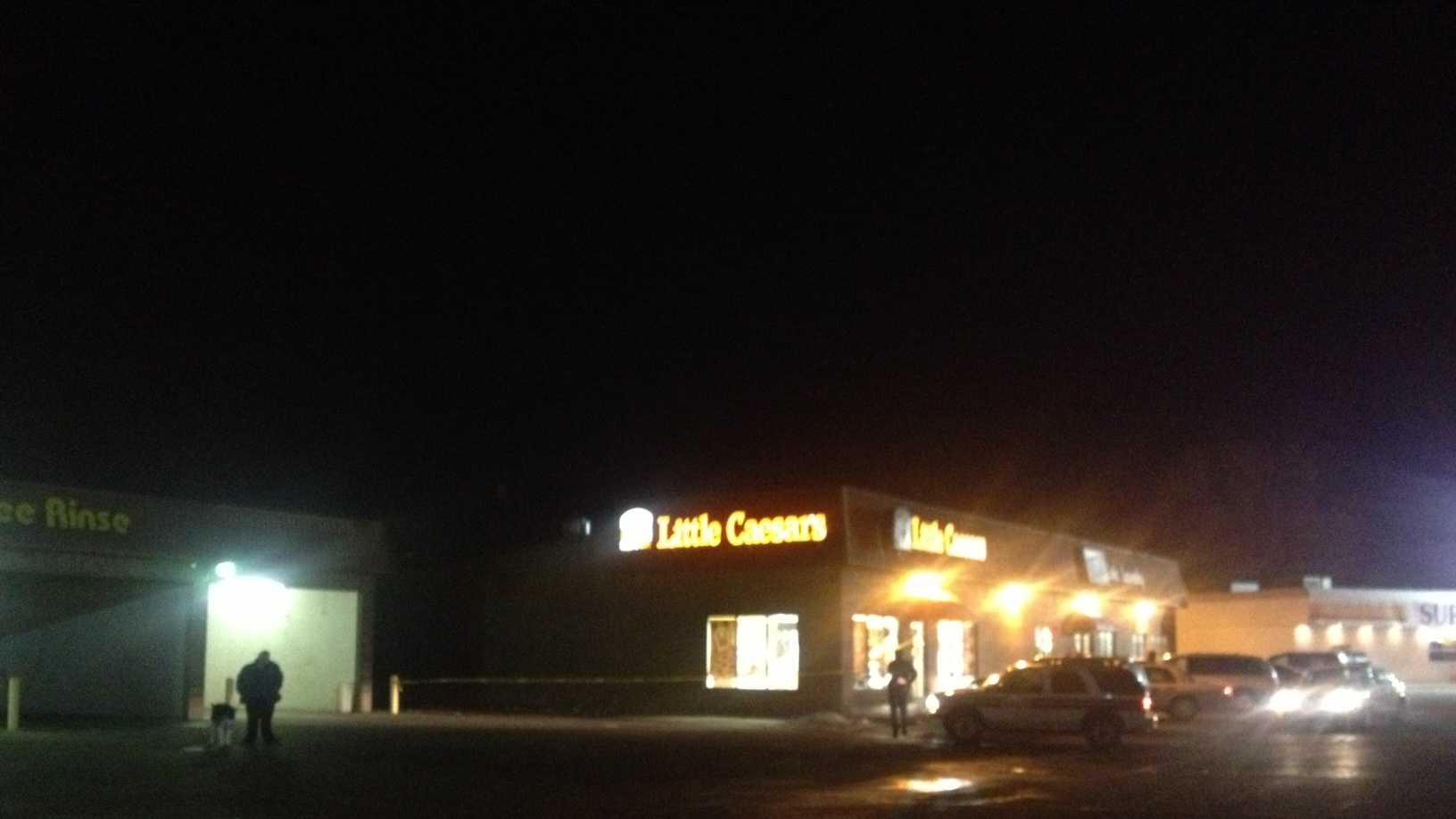 PHOTO: little caesars