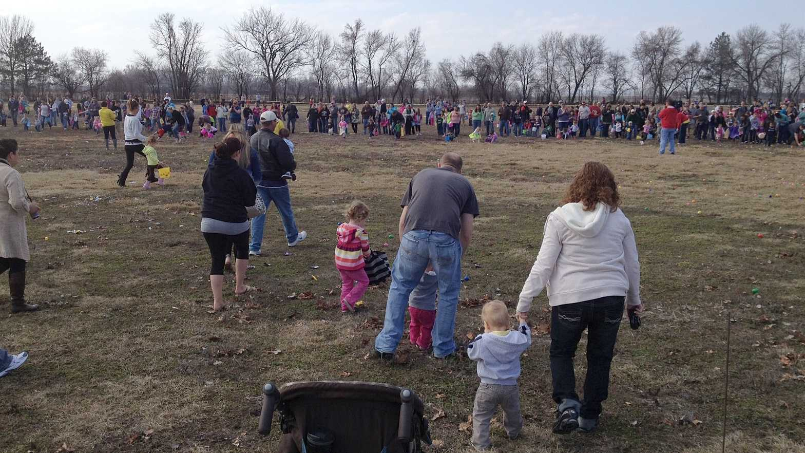 Hundreds of kids take part in the 2013 Offutt AFB Easter egg hunt.
