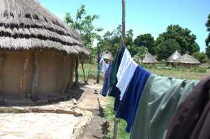 Solar- and wind-powered clothes dryer
