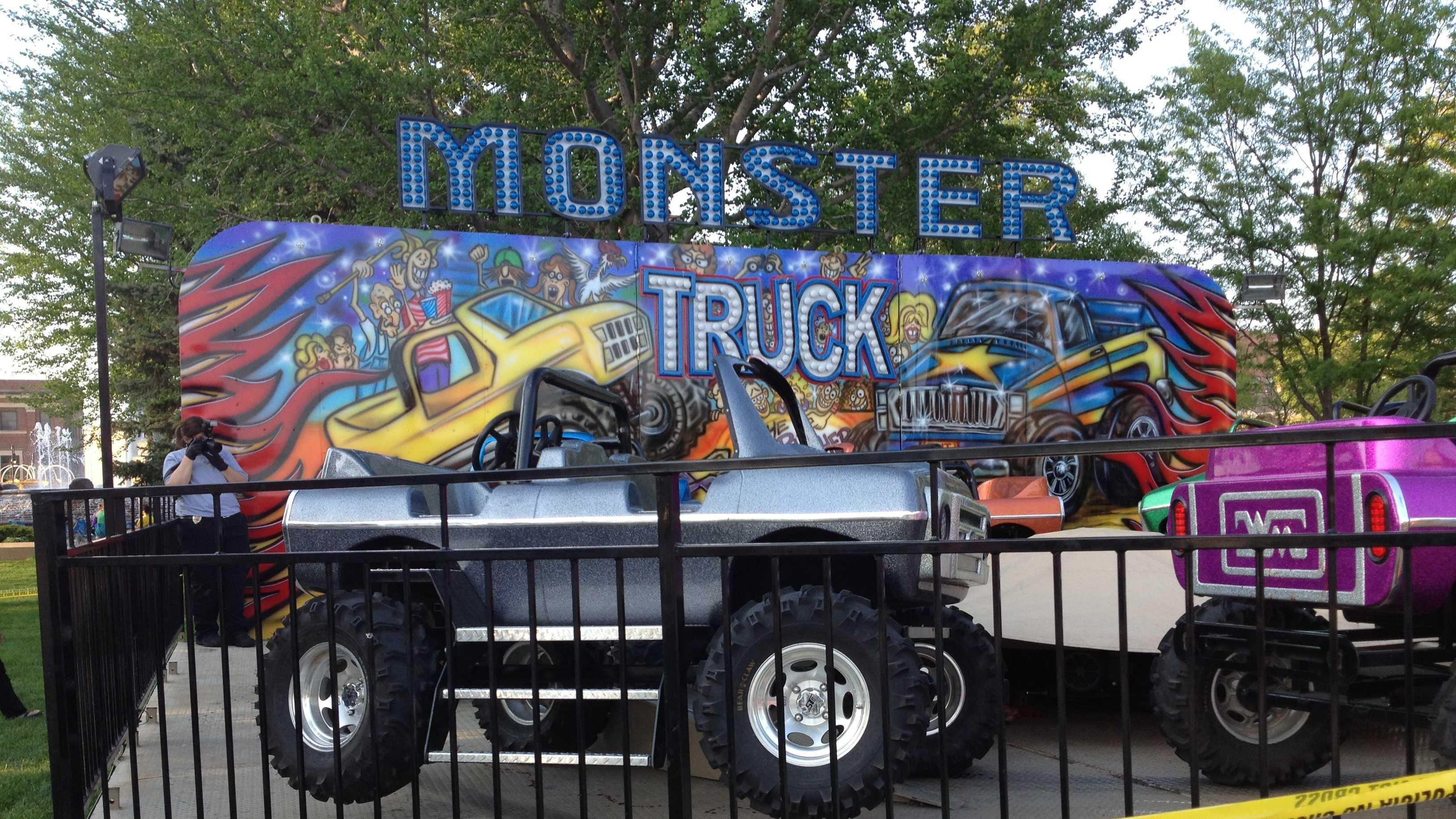 Carnival - monster truck ride