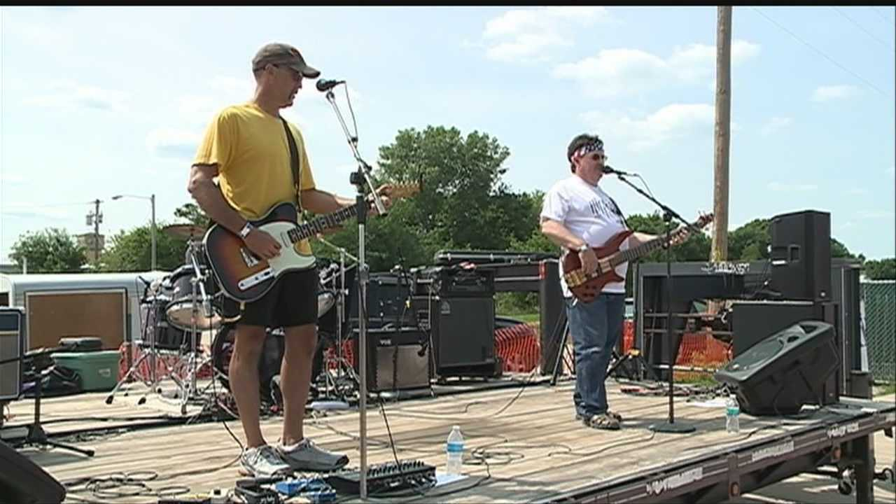 Organizers held a benefit in Fremont Sunday to send support to victims of the Moore, Okla., tornado.