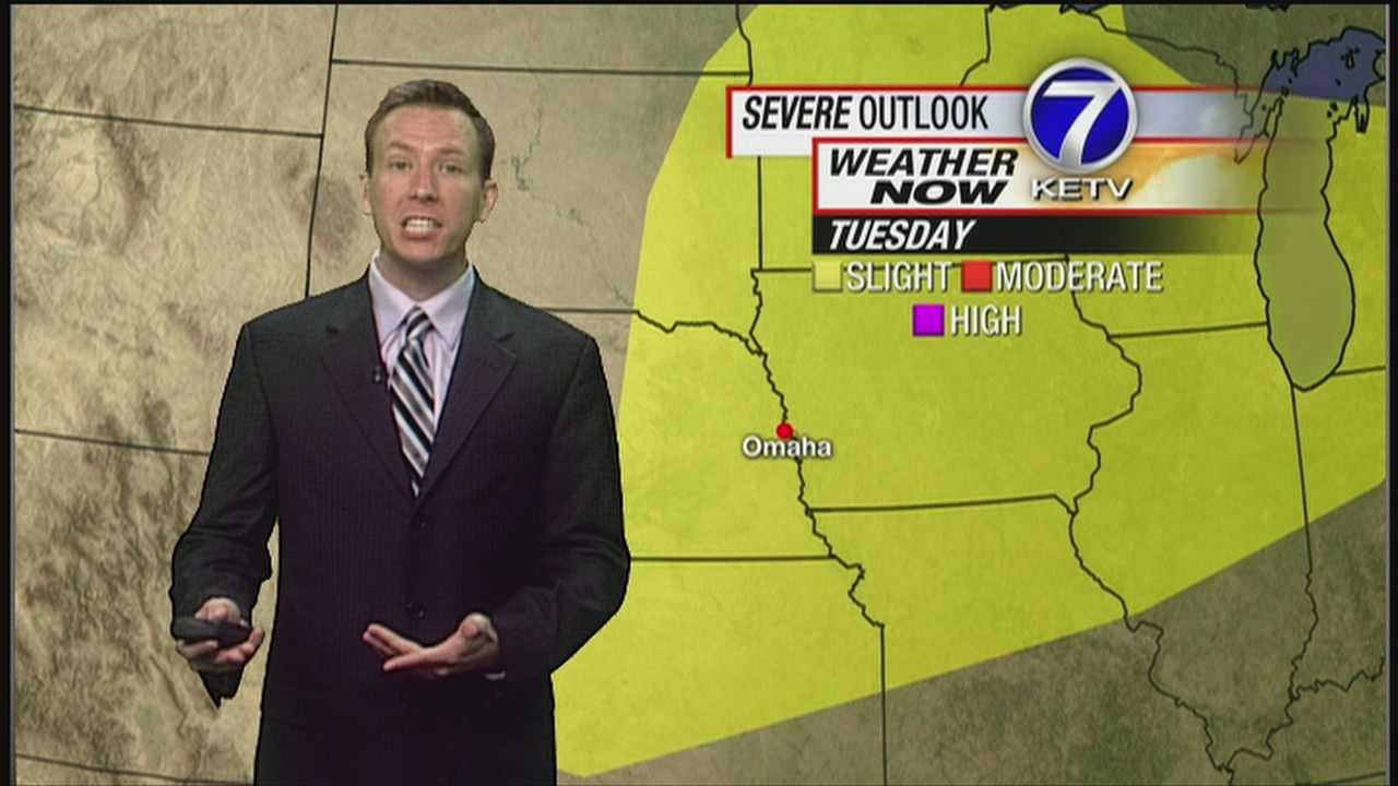 A Heat Advisory is in effect today, plus there are more strong to severe storms possible. Meteorologist Matt Serwe has the latest in this Weather Now forecast.