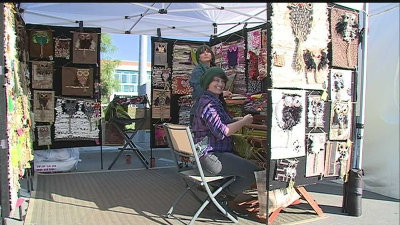 A popular hangout draws an even bigger crowd for a weekend art festival.