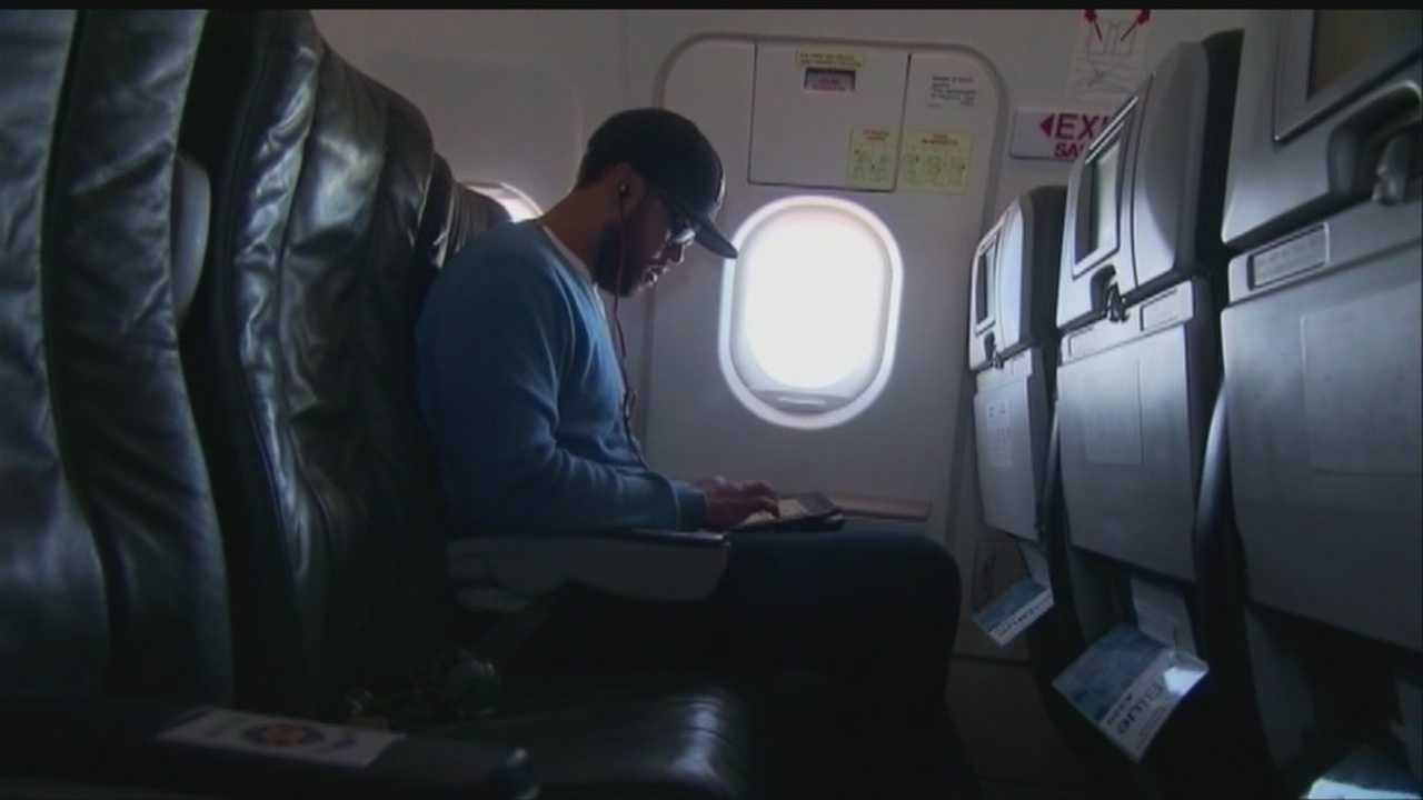 News To Go: Rules change for electronics during takeoff, landing