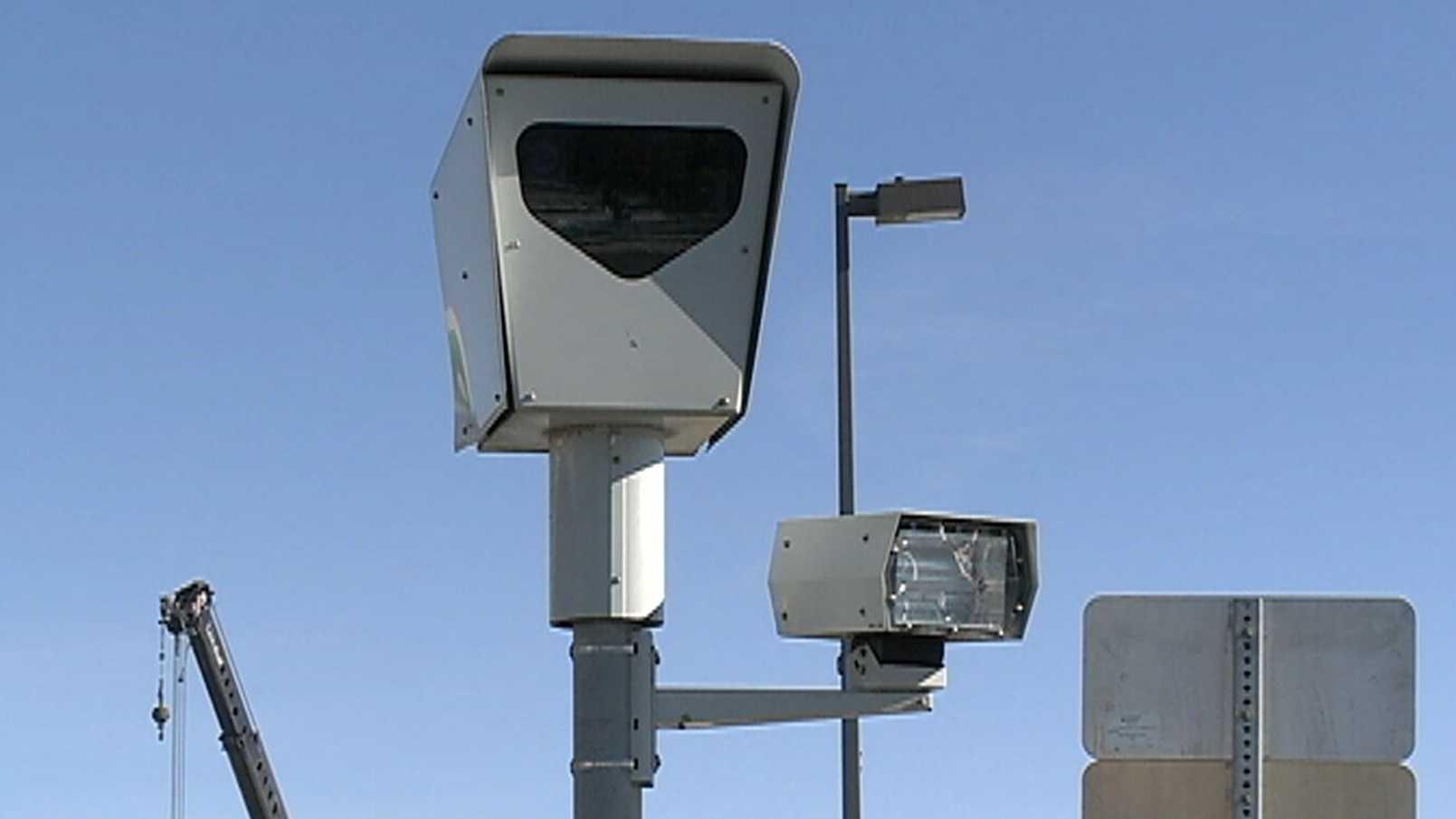 red-light-cameras.JPG