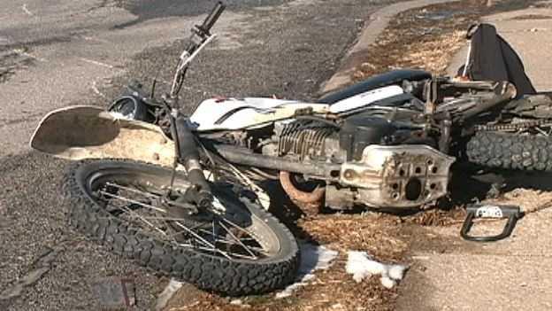 motorcycle crash 41st