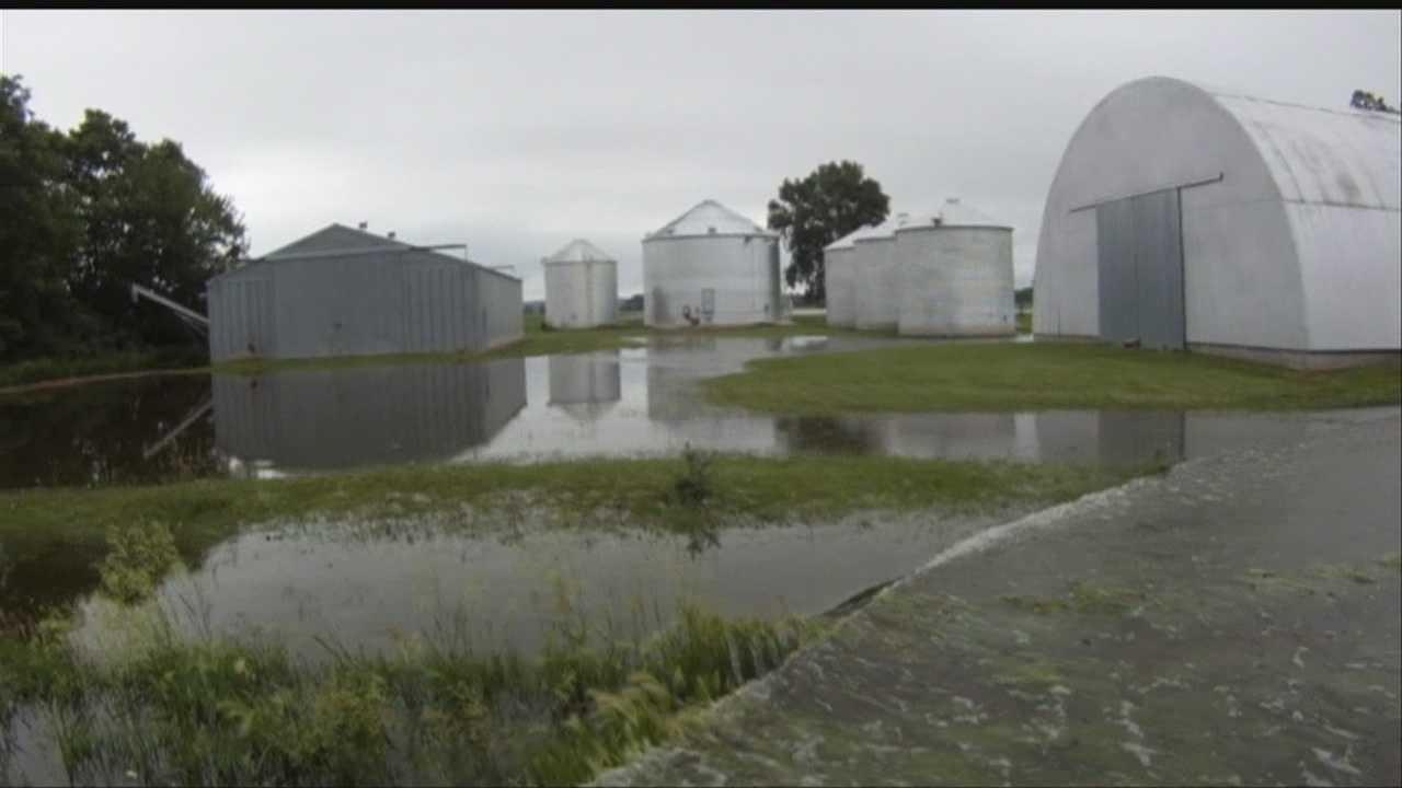 Farmers fight back after Missouri River flood