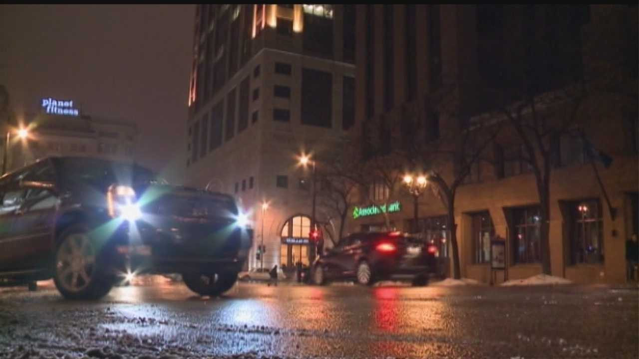 Nebraska officials say Uber, Lyft can't operate without approval